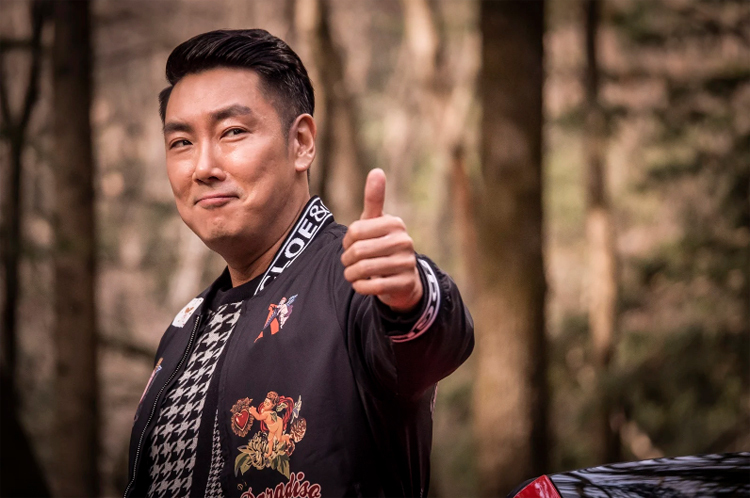 Xếp thứ năm là Jo Jin Woong (Jesters: The Game Changers, Man of Men, Black Money)