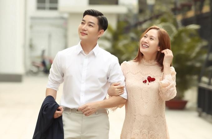Thanh Thúy sánh đôi MC Nam Hee