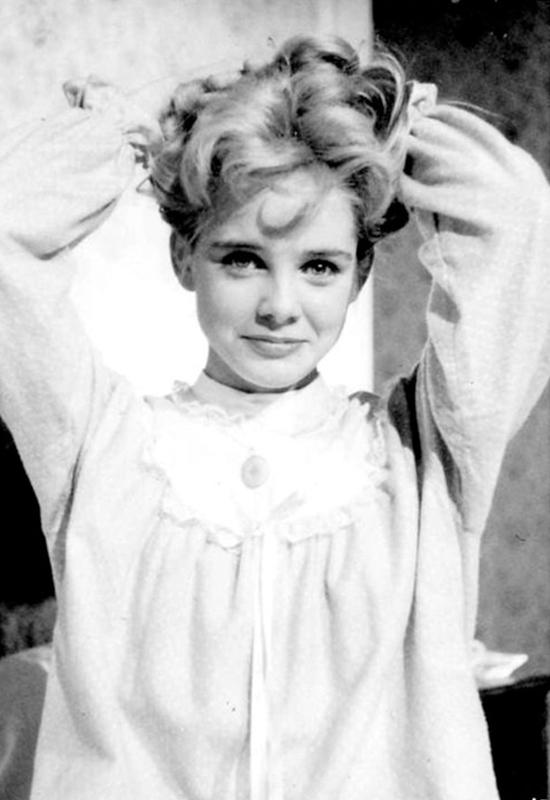 Nhan sắc thời trẻ của nữ chính 'Lolita'