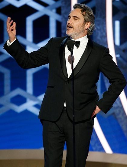 Joaquin Phoenix có bài phát biểu gây tranh cãi trên sân khấu Quả Cầu Vàng 2020.Ảnh: Reuters.