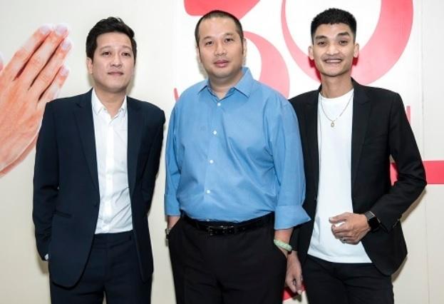 Từ trái sang: Trường Giang, đạo diễn Quang Huy, diễn viên Mạc Văn Khoa trong buổi giới thiệu phim. Ảnh: CGV.