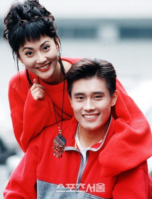 Người đẹp và tài tử Lee Byung Hun hợp tác trong một dự án.