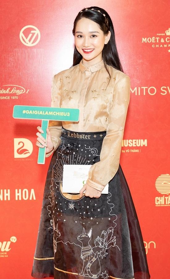 Lê Khanh, Hồng Vân ra mắt phim Tết