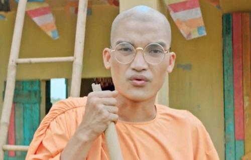 Mạc Văn Khoa năm thứ hai liên tiếp đóng phim Tết, sau Cua lại vợ bầu (2019). Ảnh: CGV.