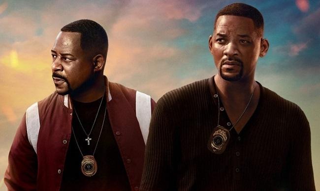 Martin Lawrence (trái) vàWill Smith trong phim. Tác phẩm hai lần dẫn đầu phòng vé Mỹ, hiện thu hơn 200 triệu USD toàn cầu. Ảnh: Sony,