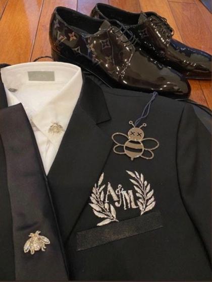 Vest cưới của Duy Mạnh. Ảnh: Instagram.