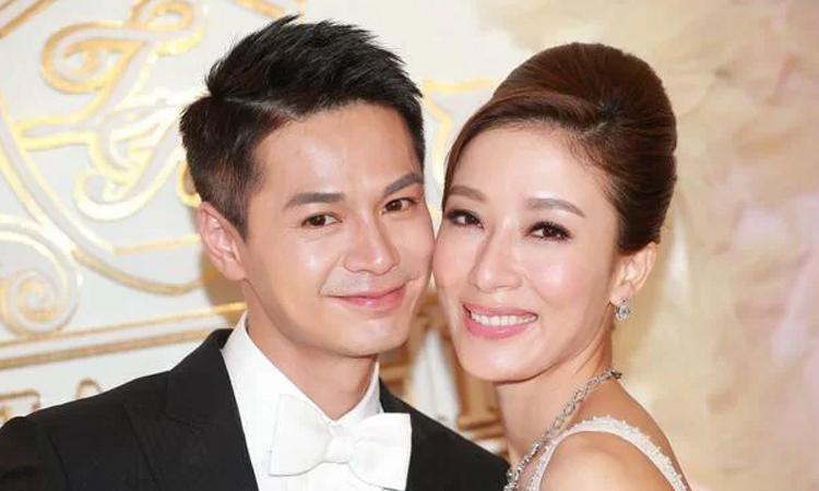 Vợ chồng Dương Di. Ảnh: Sina.
