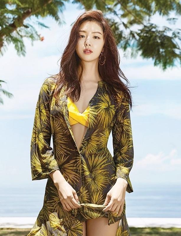 Seo Ji Hye - nữ phụ hút fan trong 'Hạ cánh nơi anh'