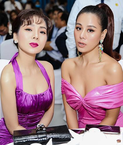 Diễn viên Nam Thư (phải) đọ dáng cùng Lệ Quyên.