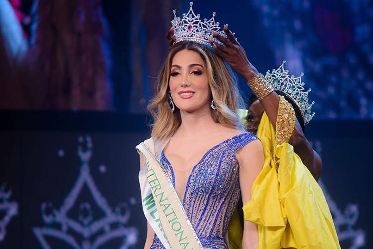 Valentina Fluchaire nhận vương miện Hoa hậu Chuyển giới 2020. Ảnh: MThaiNews.