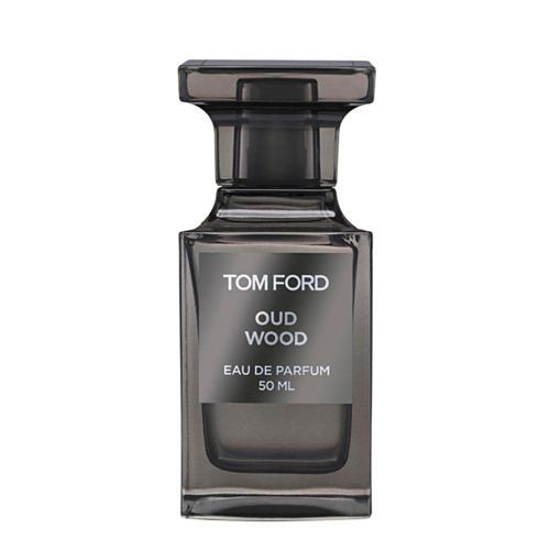 Tom Ford Oud Wood có mùi hương gợi cảm và bí ẩn nhờ kết hợp trầm hương, gỗ đàn hương và cỏ bài hương. Sản phẩm thích hợp cho những buổi hẹn hò hoặc đi chơi, giá 60 USD (gần 1,4 triệu đồng). Ảnh: Harvey Nichols.