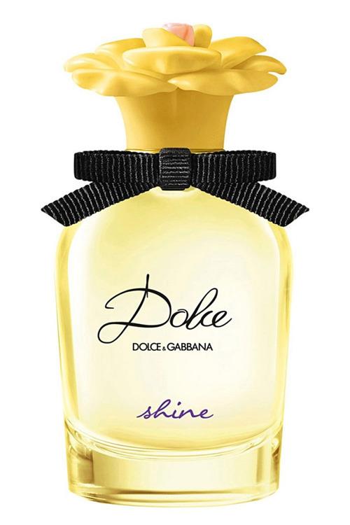 Biên tập viên Lauren Balsamo vì dòng Dolce & Gabbana Shine có ấm áp, dễ chịu và thư giãn như một ngày đầy nắng trên biển hoặc trong công viên. Sản phẩmkết hợpxoài và hoa nhài tạo nênhương hoa trái độc đáo,giá 122 USD (hơn 2,8 triệu đồng). Ảnh: Courtesy Image.