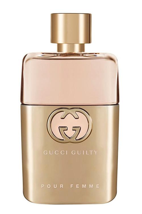 Gucci Guilty Pour Femme của nhà mốt Italy hòa trộn hương cam mandora vùng địa trung hải, cam bergamot và hạt tiêu hồng. Tầng hương cuối là hoắc hương giúp giữ mùi lâu dài, khoảng 127 USD (hơn 2,9 triệu đồng). Ảnh: Ulta