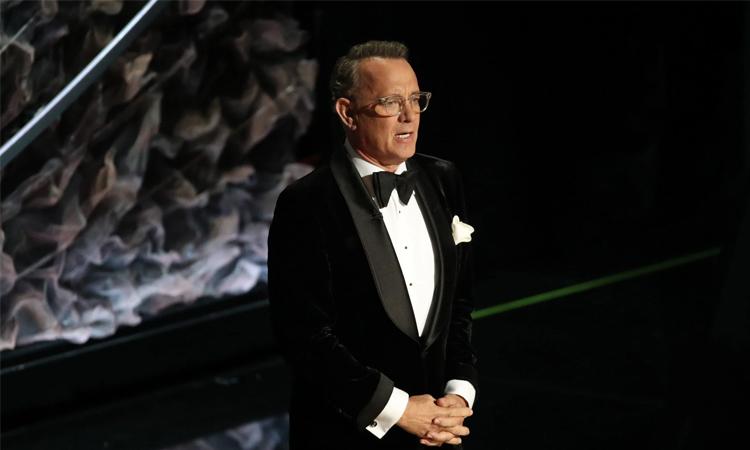 Tom Hanks tại lễ trao giải Quả Cầu Vàng hồi đầu năm. Ảnh: NY Times.