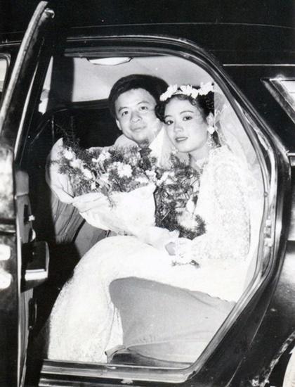 Hình ảnh lễ đón dâu của vợ chồng Chiều Xuân do nhiếp ảnh gia Đỗ Huy - con trai của nghệ sĩ nhiếp ảnh Đỗ Huân - chụp.