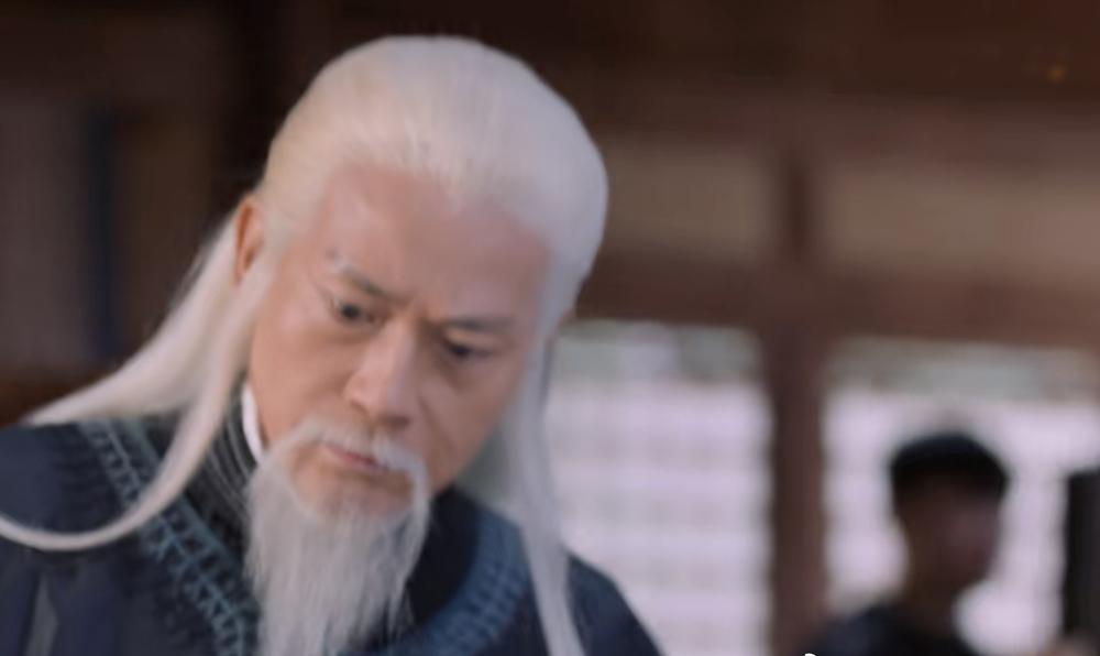 Nhân viên trường quay lọt vào cảnh phim Tương dạ 2, chiếu trên QQ từ tháng 1.