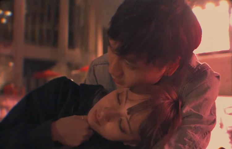 Xuân Nghi và bạn trai - Kenny - trong MV mới. Ảnh: Xuân Nghi.