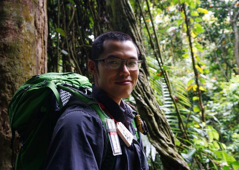 Jeet ZDung vào rừng sống hai tháng sau khi nhận lời thực hiện cuốn sách cùng Trang Nguyễn năm 2018. Ảnh: Nhân vật cung cấp.