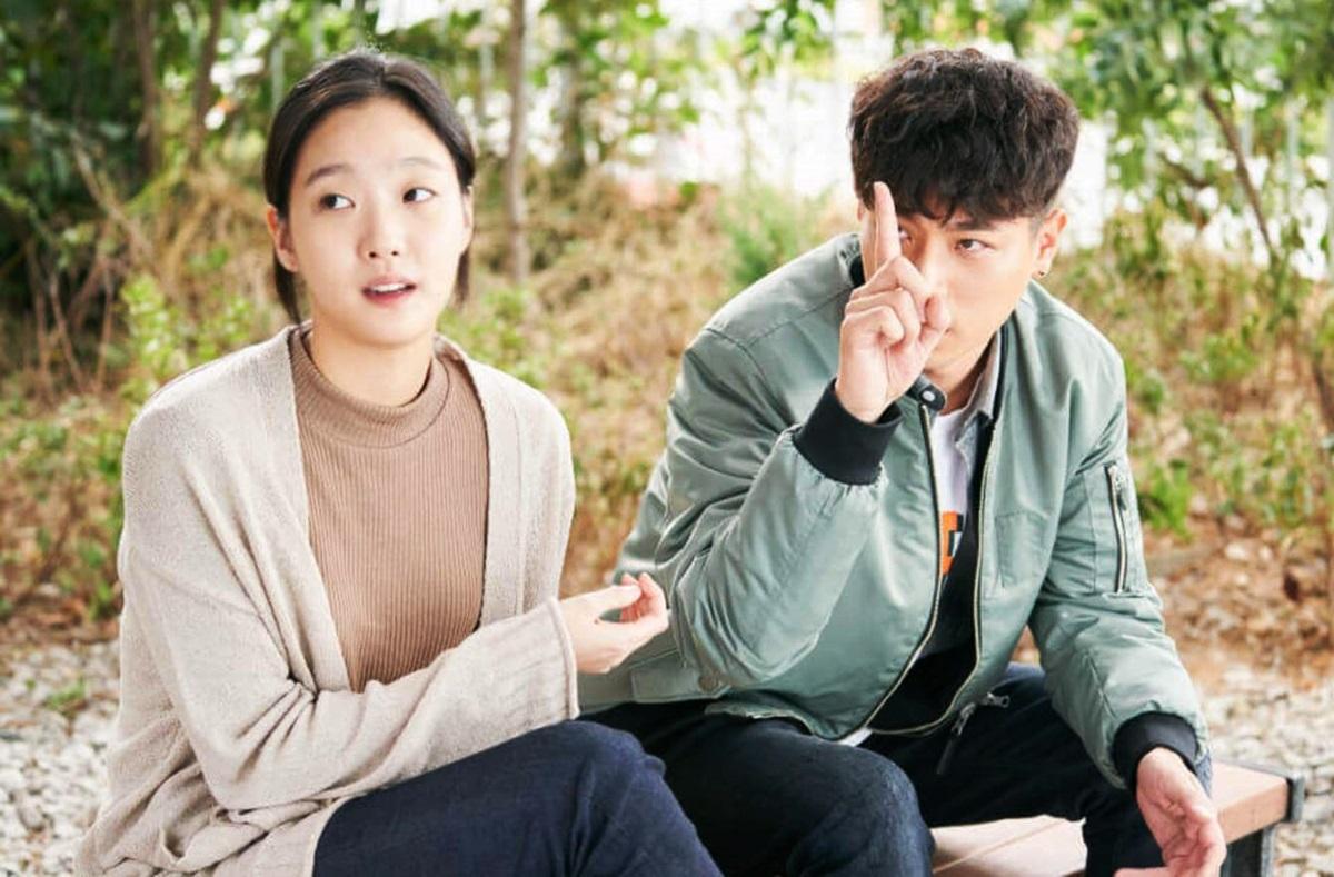 Một năm sau đó, nữ diễn viên được đạo diễn lừng danh Lee Joon Ik mời đóng phim điện ảnh Hoàng hôn trên thị trấn (Sunset in my hometown), vai Sun Mi - mối tình đầu của nam chính Hak Soo - chàng rapper underground kém tiếng. Cô tăng đến 8 kg để hợp với nhân vật. Trên Sports DongA, diễn viên nói dự án giúp cô chữa lành vết thương tâm hồn vì những chỉ trích, định kiến và tin đồn sai sự thật. Cô cho biết không tham vọng diễn xuất bằng cách nhận phim ồ ạt, mà muốn tìm công việc vui vẻ và vai diễn hợp lý.