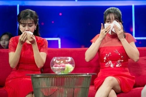 chương trình Giải mã tri kỷ, Mai Phương khiến khán giả rớt nước mắt khi tâm sự về những khủng hoảng trong cuộc sống của mình từ khi mang bầu cho đến lúc phải điều trị căn bệnh ung thư quái ác.