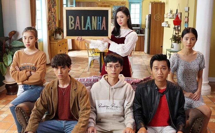 Từ trái sang: nhân vật Nhiên, Lâm, Nhân, Nhi (phía sau), Bách và Hân. Ảnh: VFC.