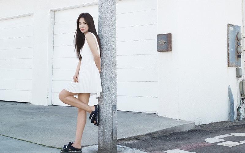 Sau khi ly hôn Song Joong Ki năm 2019, Hye Kyo chưa đóng phim, chủ yếu đóng quảng cáo, dự sự kiện thời trang, đi du lịch. Sự kiện gần đây nhất cô tham gia là Tuần thời trang Milan hồi tháng 2.