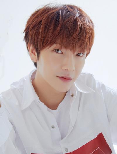 Ca sĩ Yoonhak. Ảnh: News1.