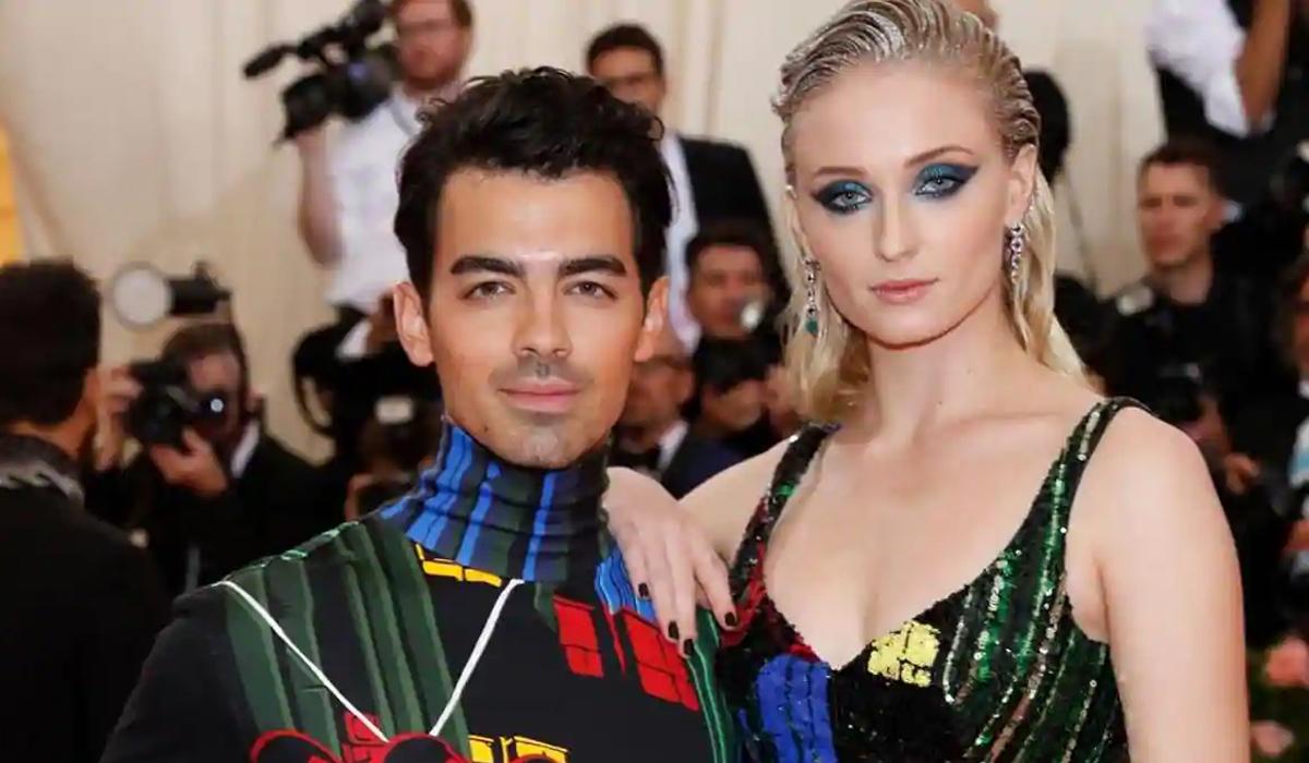Joe Jonas cùng vợ dự sự kiện Met Gala tại New York tháng 5 năm ngoái. Ảnh: Reuters.