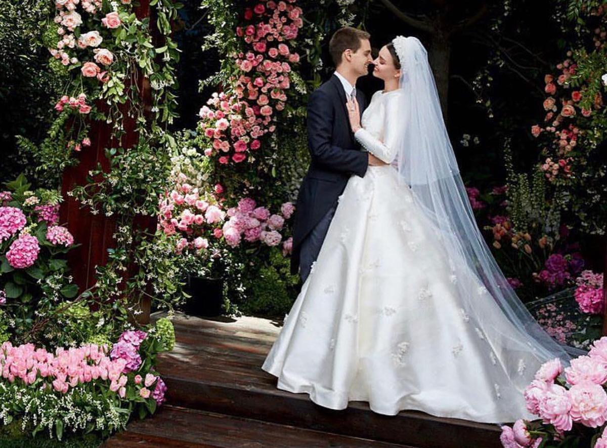 Miranda Kerr và tỷ phú Evan Spiegel làm đám cưới từ giữa năm 2017. Ảnh: Vogue.
