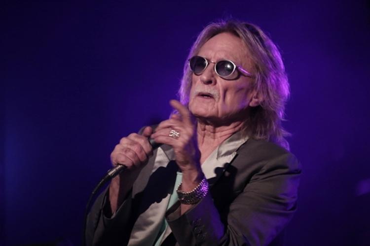 Christophe trong đêm diễn tại TP HCM năm 2013. Ảnh: BTC.