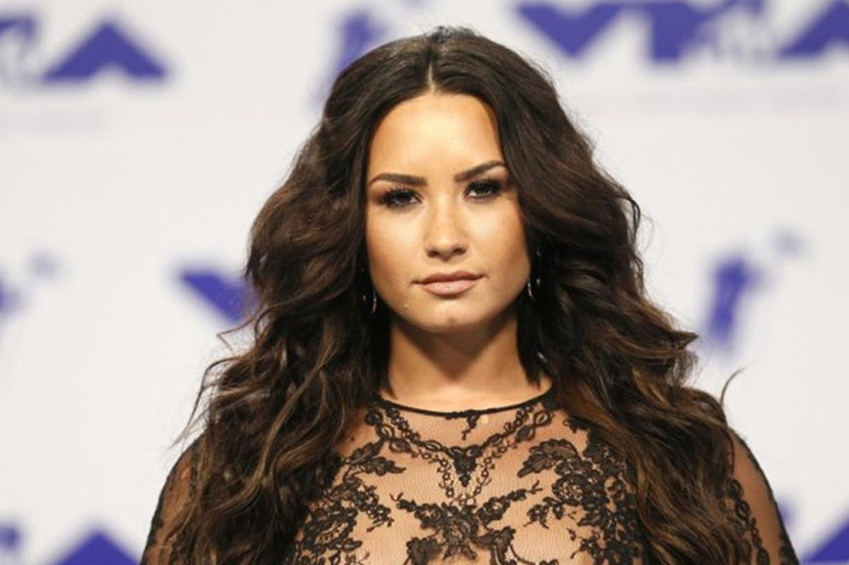 Ca sĩ Demi Lovato tại sự kiện MTV Music Awards năm 2017. Ảnh: Reuters.