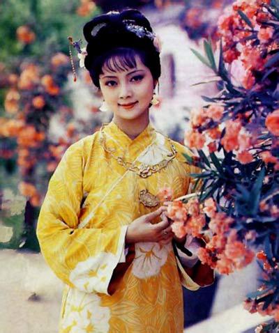 Trương Lợi trong Hồng lâu mộng 1987. Ảnh: Sohu.