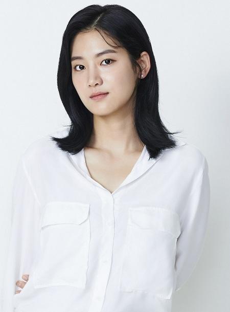 Park Joo-hyun sinh năm 1994, là gương mặt mới của làng phim Hàn. Ảnh: Korseries.