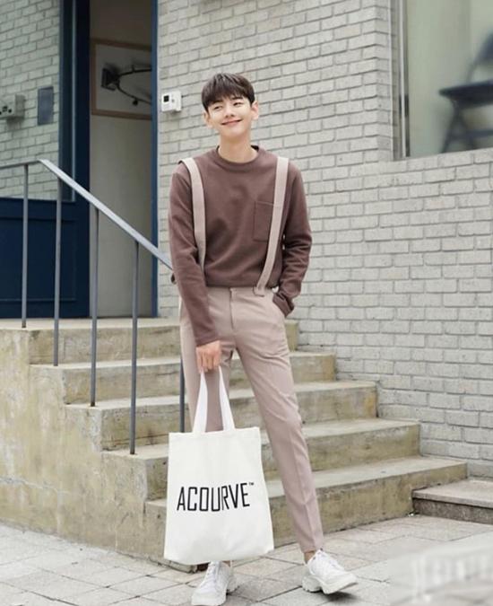 Ji Hoon trong vai trò người mẫu. Ảnh: Instagram.
