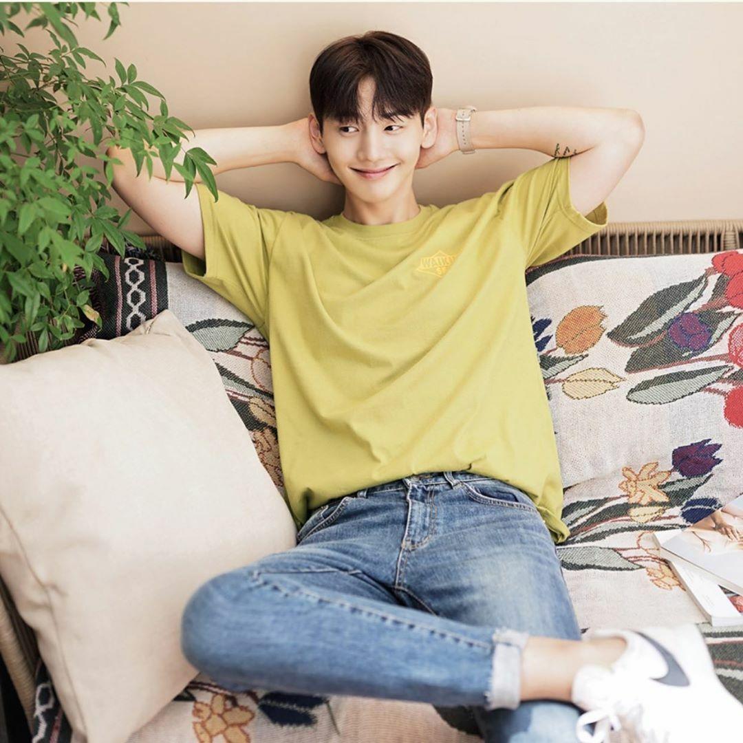 Người mẫu, diễn viên Park Ji Hoon. Ảnh: Instagram.