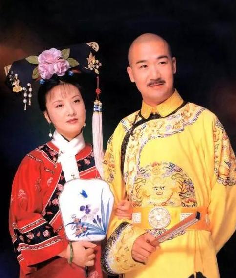 Đôi vợ chồng từng đóng chung Tể tướng Lưu Gù, Khang Hy vi hành... Ảnh: 163.