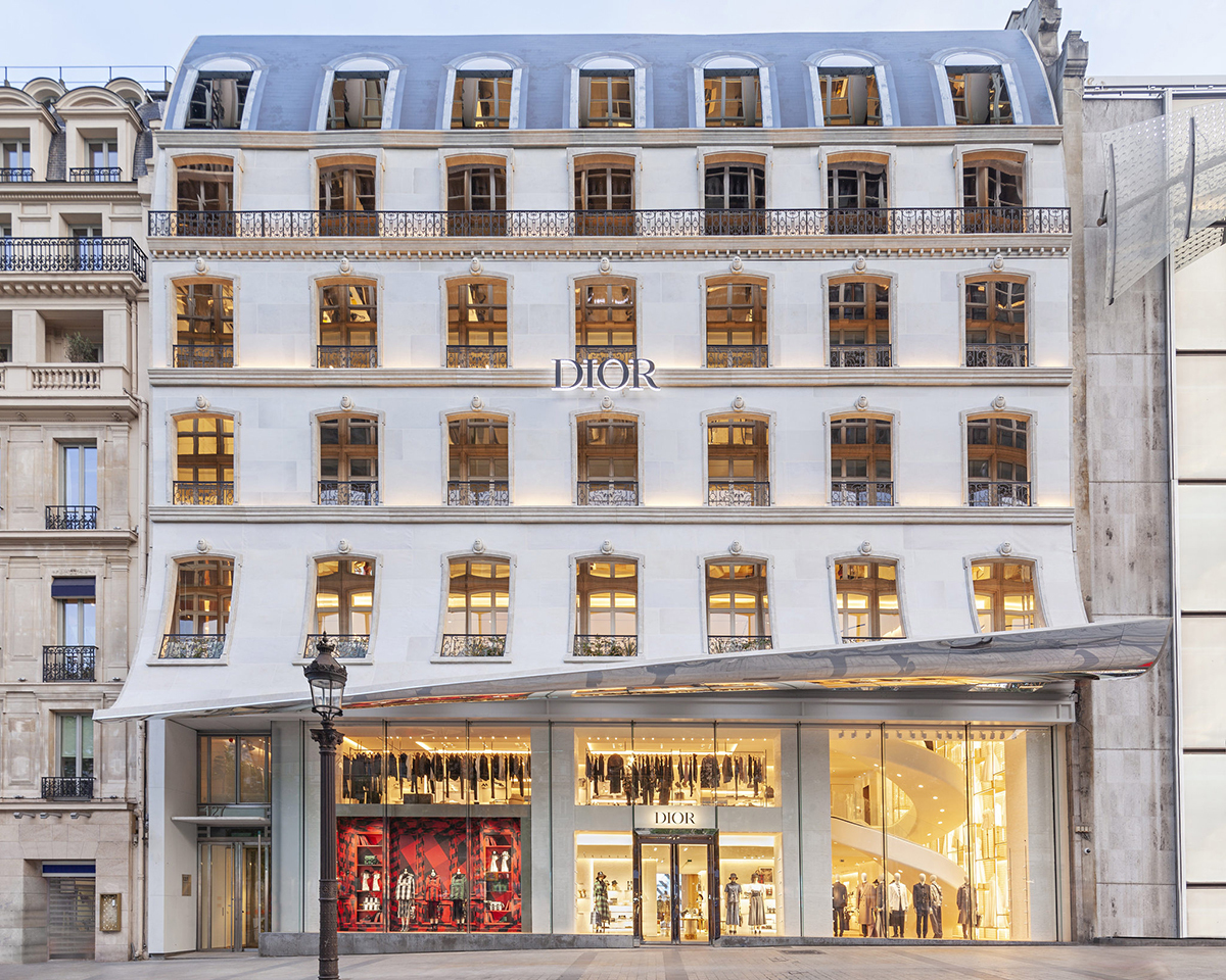 Louis Vuitton hay Christian Dior dần khởi sắc doanh thu. Ảnh: Fashion Network.