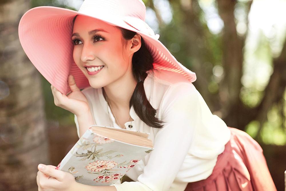 Cuối năm 2019, Anna Trương tham gia phối khí cho nhạc phim hoạt hình Frozen 2 (Nữ hoàng băng giá 2). Trên trang cá nhân, Mỹ Linh tự hào vì con gái dần được thành công trong nghề. Anna Trương dự tính về Việt Nam làm trong nghề đào tạo kỹ sư âm thanh, đặc biệt cho phái nữ.