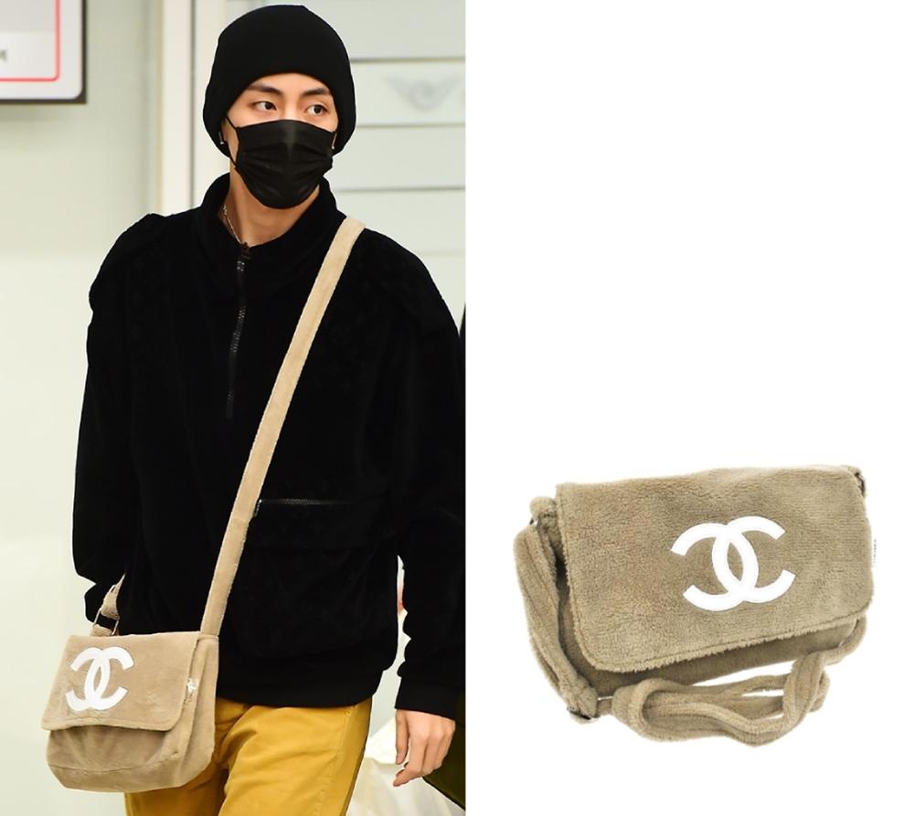 Ngoài chiếcChanel gam đen, ca sĩ còn sở hữu dòngflap bag màu nâu số lượng giới hạn, giá 4.490 USD (hơn 104 triệu).