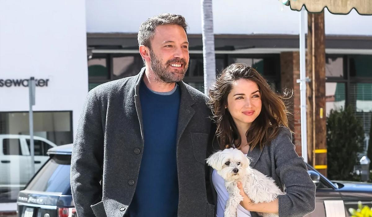 Ngày 24/5, Ben Affleck đưa bạn gái Bond girl Ana de Armas gặp các con riêng của anh.
