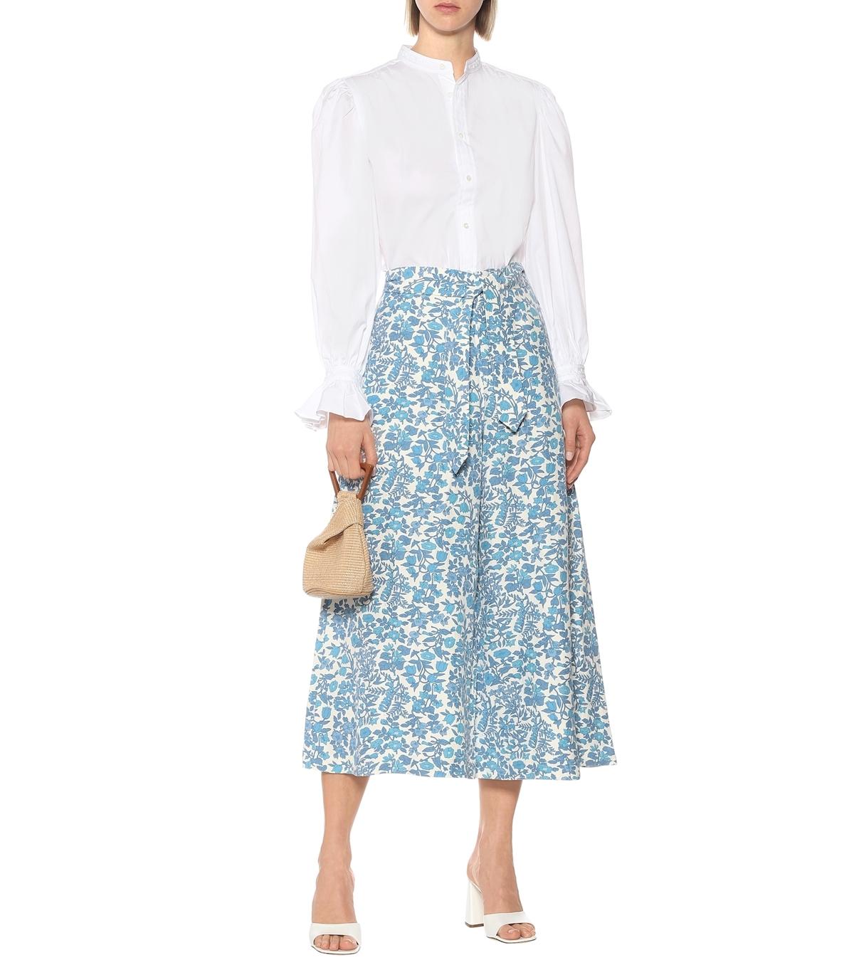 Thương hiệu Polo Ralph Lauren giới thiệu thiết kế ống loe, màu sắc trang nhã cho mùa hè này. Sản phẩm làm từ lụa pha vải lanh, cotton, giá 318AUD (gần 4,9 triệu).