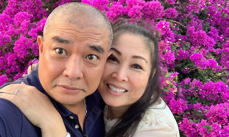 Hồng Vân bên chồng - cựu diễn viên Lê Tuấn Anh. Ảnh: Nhân vật cung cấp.