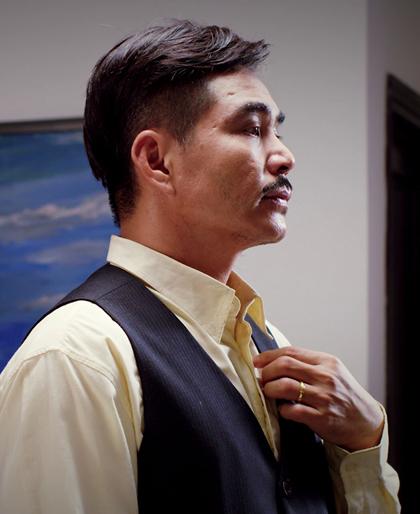 Tạo hình diễn viên Trung Dũng trong phim. Ảnh: Viechannel.