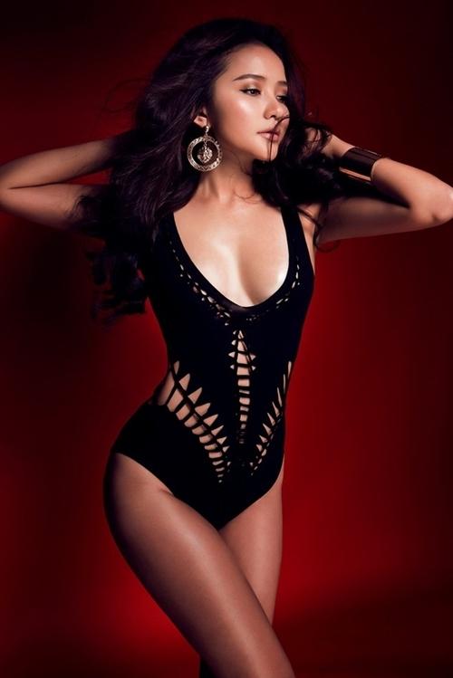 Phan Như Thảo sinh năm 1988, từng vào top 10 Hoa hậu Thế giới người Việt 2007, giải nhất Người mẫu triển vọng 2008. Năm 2013, người đẹp đại diện Việt Nam tại Asia's Next Top Model. Côvà doanh nhân Đức An tổ chức lễ đính hôn vào giữa tháng 11/2015. Họ sinh con gái Bồ Câu cách đây hai năm.