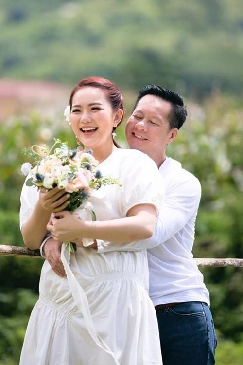 Phan Như Thảo nhiều lần đối mặt với những lời chê bai về ngoại hình nhưng cô không bận tâm. Người đẹp giải thích mình khó tăng cân vì ông xã nấu ăn ngon. Cô nói vui hình ảnh hiện tại của mình mới đúng gu anh, và dù cô50 - 60 hay 70 kg, chồng vẫn yêu chiều cô.