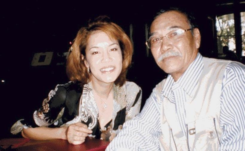 Thu Phương và nhạc sĩ Trần Quang Lộc tại Mỹ. Ảnh: Nhân vật cung cấp.