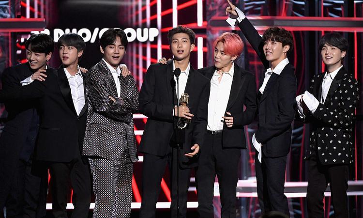 BTS tại lễ trao giải âm nhạc Billboard 2019. Ảnh: AFP.