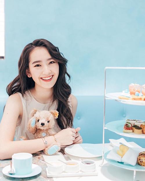 Nhan sắc tuổi 20 của con gái diễn viên Bao Thanh Thiên - 20