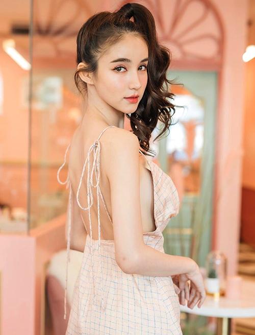 Hoa hậu chuyển giới Thái Lan mặc tôn dáng - 7