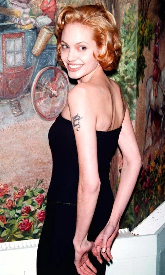 Angelina Jolie bước sang tuổi 45 hồi đầu tháng 6.